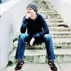 Pensif sur un escalier de Sidi Bou Saïd.